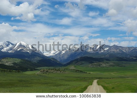 Dirt road to Bridger Range, Gallatin National Forest, Montana