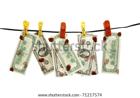 Dirty dollars is dried on linen rope