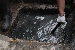 dirty drain pipe cleaning.  Drain cleaning - unclogging services