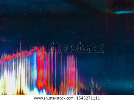 Distorted display. System breakdown. Glitch pattern overlay. Foto stock ©