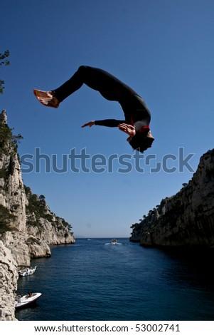 diving in bay