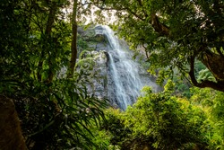 Diyaluma waterfall, Sri Lanka, Beautiful waterfall in Sri Lanka, Refreshing Beauty of nature
