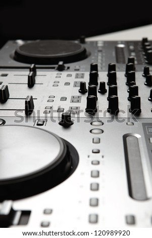 Dj mixer equipment to control sound and play music
