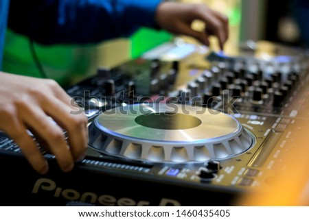 Dj Turntable Music Party Deck Hands