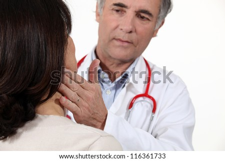 Doctor checking patient is well