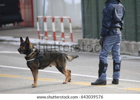 dog canine unit of the police...