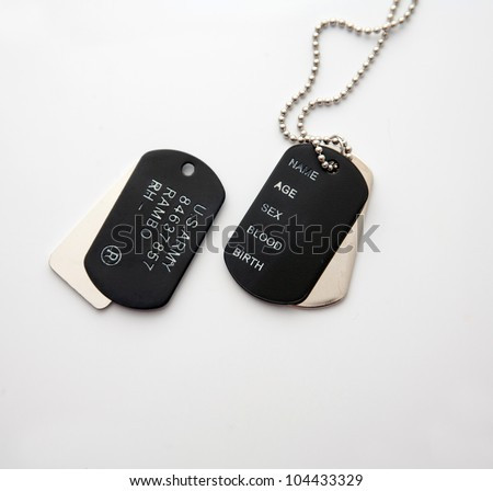 dog tag/army  chains