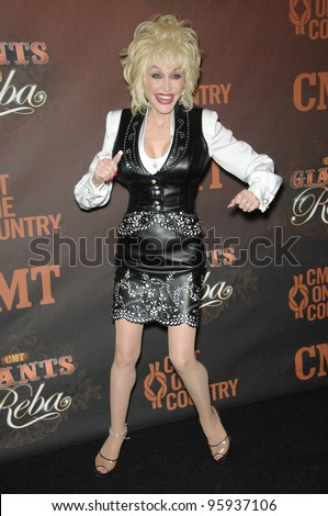 DOLLY PARTON at the first CMT Giants concert honoring country star Reba McEntire, at the Kodak Theatre, Hollywood. October 26, 2006  Los Angeles, CA Picture: Paul Smith / Featureflash