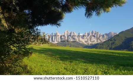Dolomitas mountain view from Santa Maddalena, in Bolzano región, Italy Foto stock ©