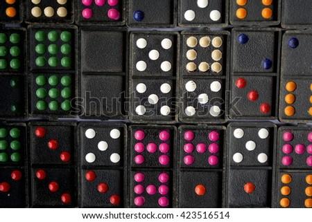 domino background. #423516514
