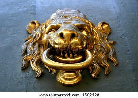 door-knocker lion