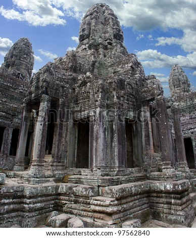 Doorways and faces of Bayon temple