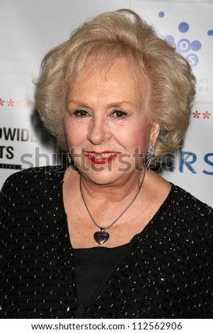"""Doris Roberts at the """"A Night Of Comedy V"""" Fundraising Event presented by The Children Affected by AIDS Foundation. Wilshire Theatre Beverly Hills, Beverly Hills, CA. 04-14-07"""