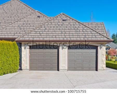 Double doors garage. North America.