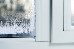 Double glazed PVC window Condensation on the glass