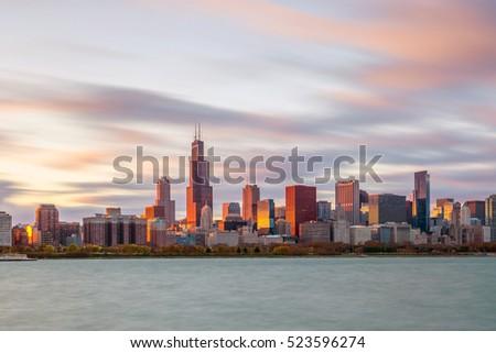 Downtown chicago skyline at sunset Illinois, USA #523596274