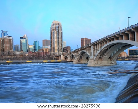 Downtown Minneapolis and Mississippi river