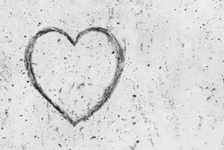 Drawing of heart on the concrete wall