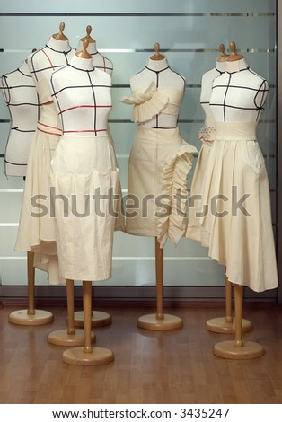 Dressmaker dummies / mannequines / models