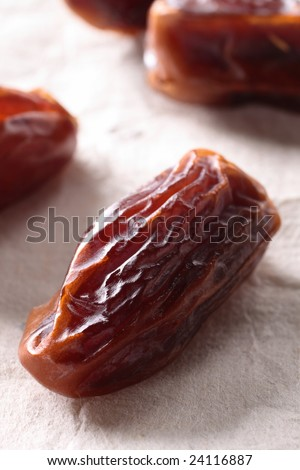 fresh dates fruit. photo : dried dates fruit,