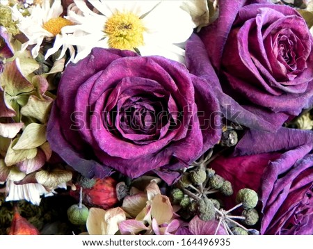 Dried flowers bouquet with three velvet roses dominating/Dried flowers bouquet