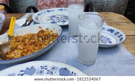 Drinking Turkish Rakı with dishes Stok fotoğraf ©