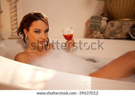 Drinking wine in the bath