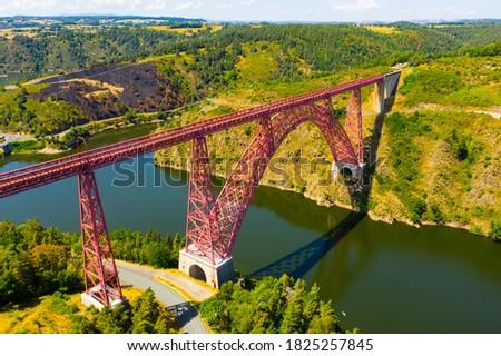 Drone view of railway bridge Viaduc de Garabit in Auvergne, France Photo stock ©