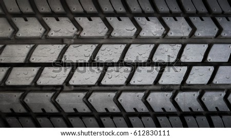 drop water on tire texture