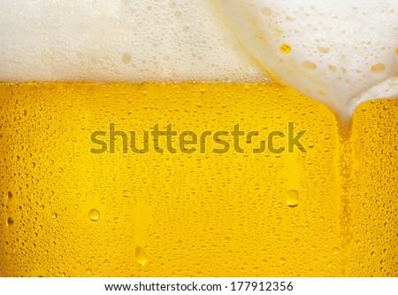 Droplets on freshly poured beer