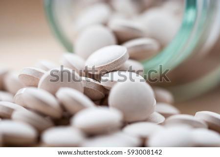 Drugs and Pill Bottle Stockfoto ©