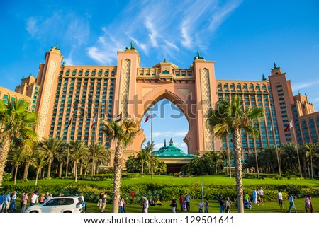 DUBAI, UAE - NOVEMBER 13: Atlantis hotel on November 13, 2011 in Dubai, UAE. Atlantis the Palm is a luxury 5 star hotel built on an artificial island