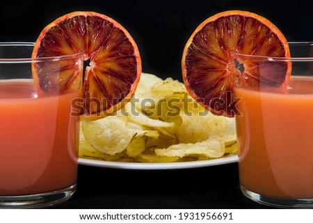 Due Cocktail a base di arancia con aperitivo Foto d'archivio ©