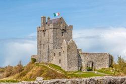 Dunguaire Castle (Caisleán Dhún Guaire) Kinvara Ireland