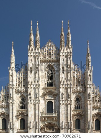 Duomo di Milano, Milan gothic cathedral church - rectilinear frontal view