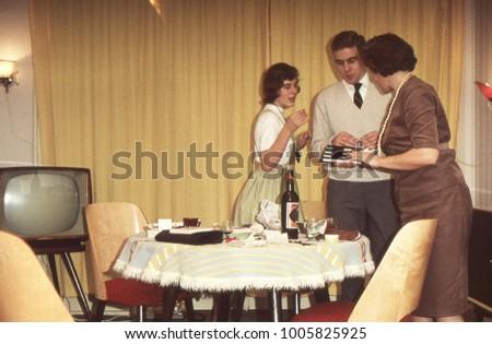 dutch vintage 1950s family...