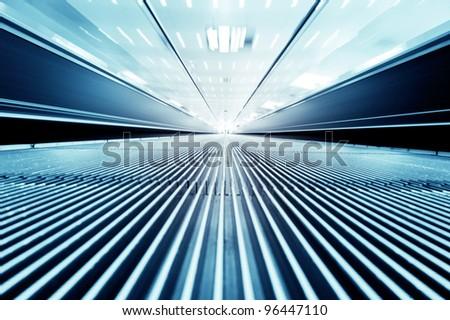 dynamic escalator