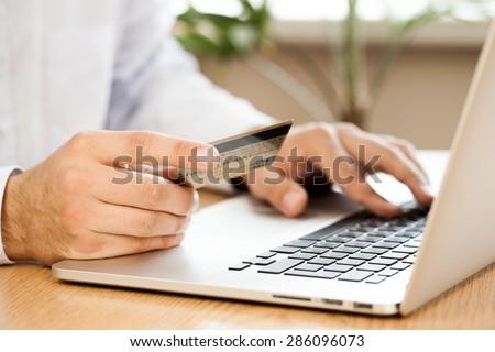E-commerce, Credit Card, Internet.