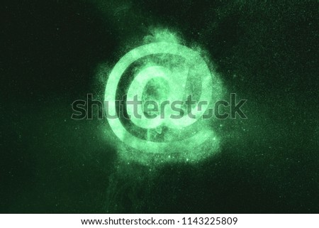 e-mail sign. E-mail symbol. Green symbol