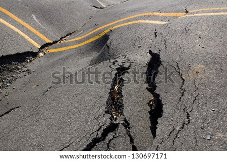 Earthquake - the destruction of the road crack
