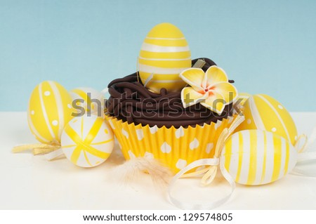 easter cupcake with decorated easter eggs ornaments