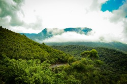 Echo Point always has a greenish look as it is covered with abundant green sceneries. It is an adventurous destination, which will be a perfect choice for those who love nature walk or trekking.