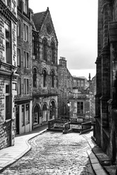 Edinburgh cobbled street in black and white