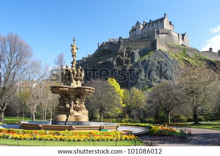 Edinburgh - Ross Fountain, Princess Street Gardens, with Edinburgh Castle in the background.