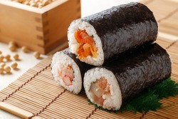 Ehomaki sushi roll(Norimaki to eat on Setsubun day)