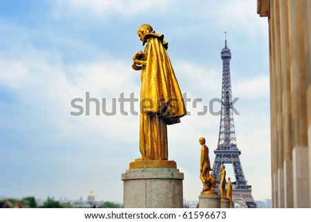 Eiffel tower and statue on Trocadero.Photo with tilt-shift effect