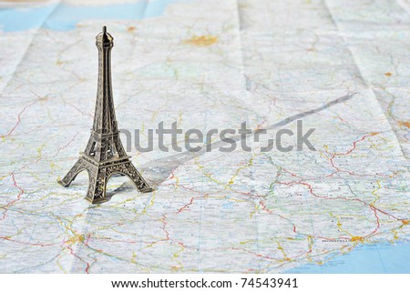 Eiffel tower on the map