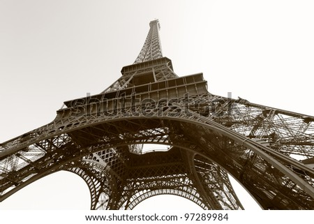 Free Eiffel Tower Picture Sepia on Eiffel Tower  Paris  Black And White Image Sepia Toned Stock Photo