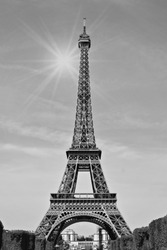 eiffel tower paris, france black and white