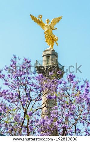 El Angel de la Independencia, Monumento a la Independencia de Mexico